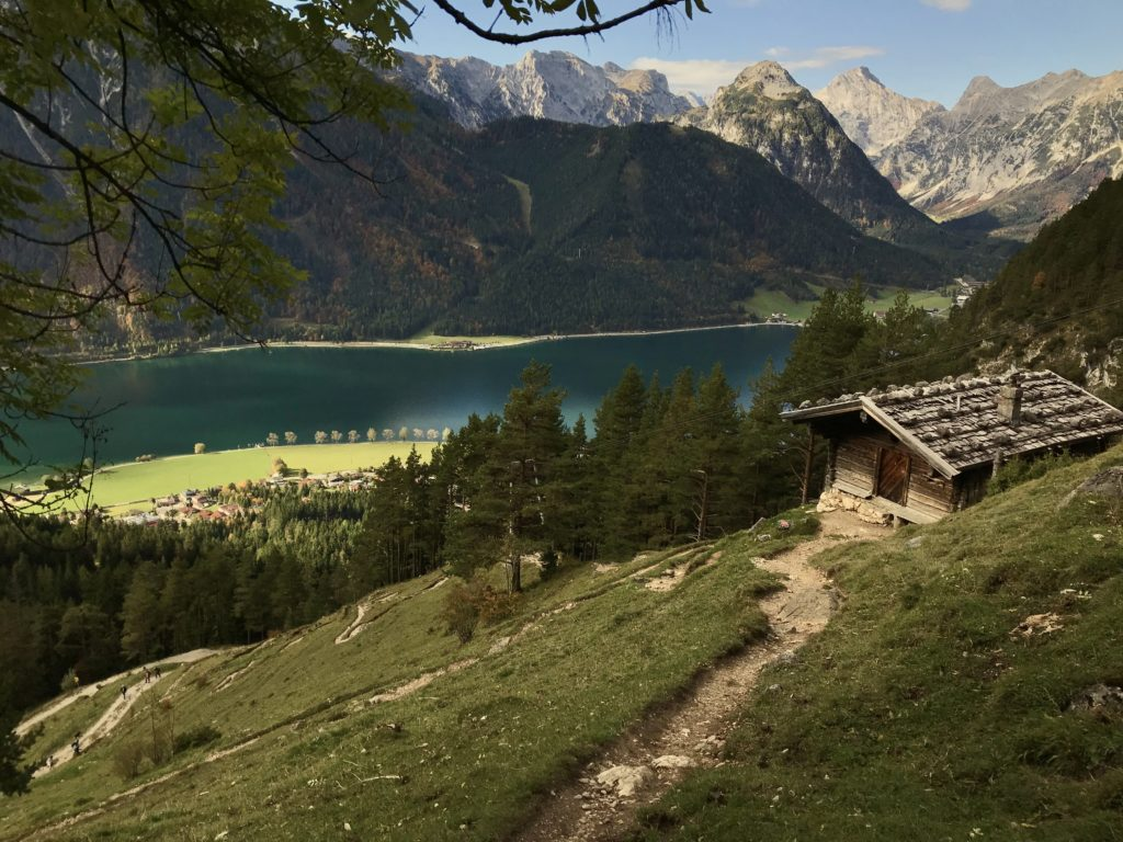 Beim Karwendelgebirge wandern im Rofan am Achensee